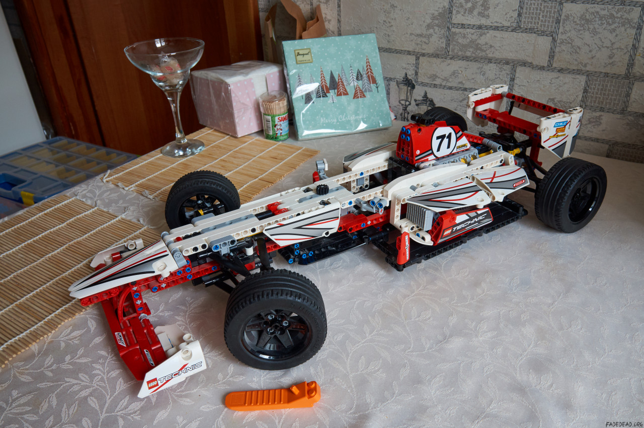 Thumbnail for «LEGO Technic 42000 Grand Prix Racer»